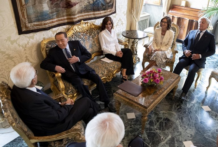 Consultazioni governo oggi Forza Italia