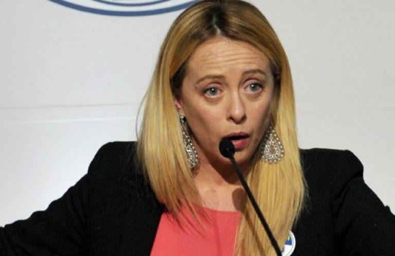 Giorgia Meloni contro Luigi Di Maio