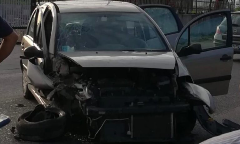Incidente Salerno in autostrada, grave bimba