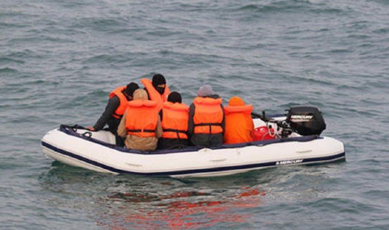 migrante nuoto manica