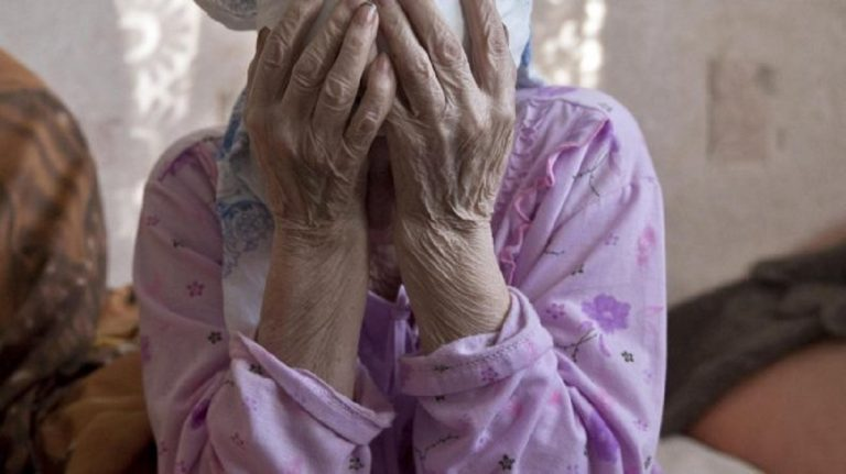 anziana messina rapinata stuprata