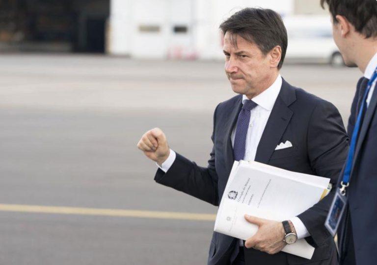 Sondaggi politici, Conte bis: non piace al 52% degli italiani