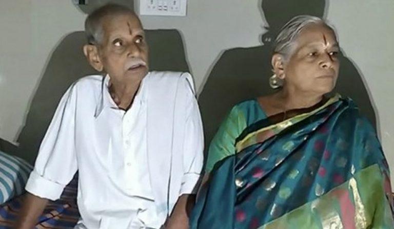 donna partorisce 74 anni