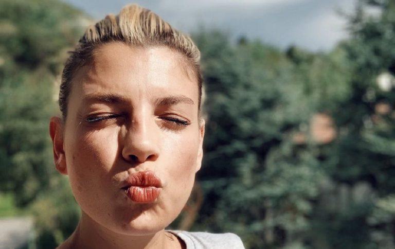 Emma marrone insulti tumore