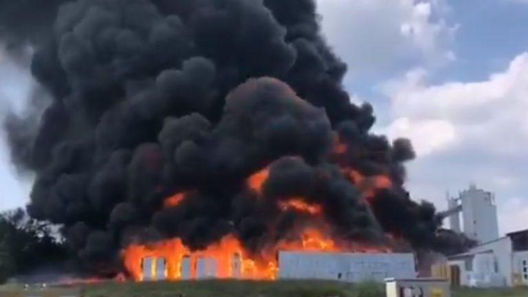 Esplosione in fabbrica ad Avellino: stabilimento evacuato