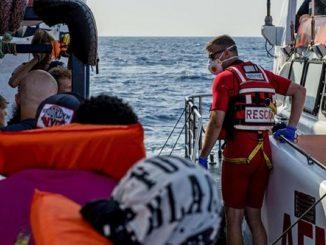 migranti ungheria contro italia