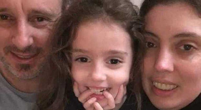 Padre e figlia bruciati vivi in auto