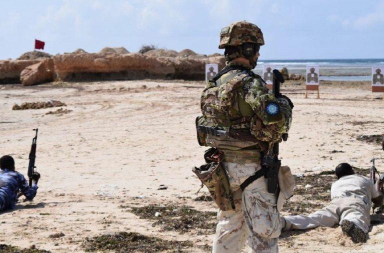 Somalia, convoglio italiano sotto attacco