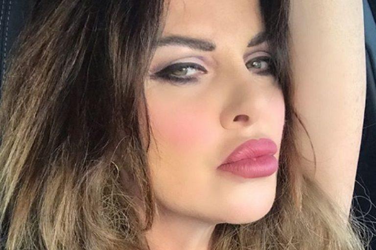 Alba Parietti make up
