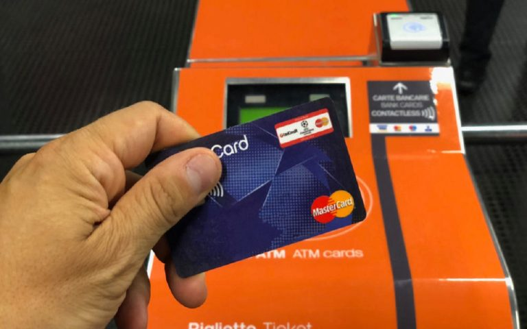 pagamento carta di credito atm