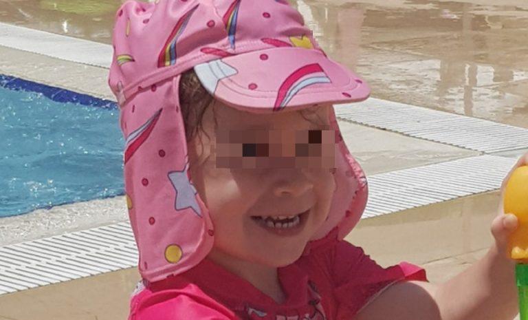 bimba muore piscina resort