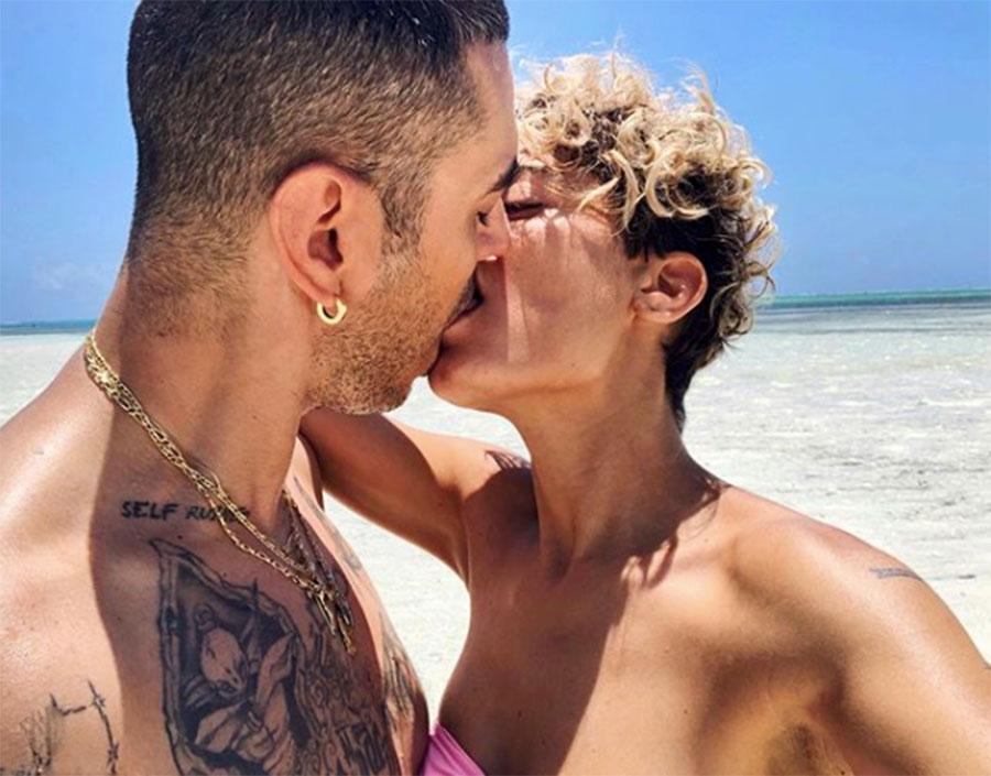 bacio elodie marracash
