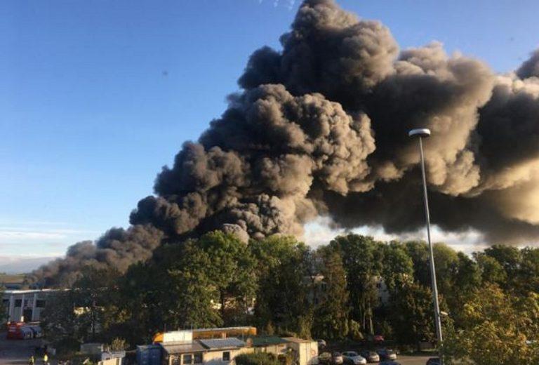 esplosione aeroporto austria
