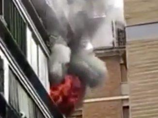 incendio fuorigrotta