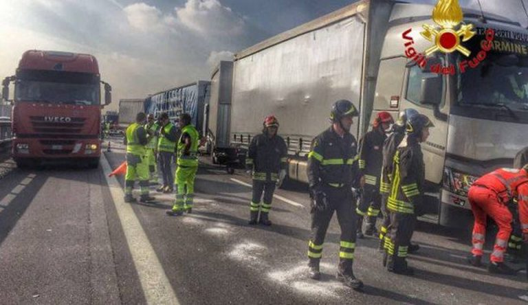 incidente a4 viale certosa