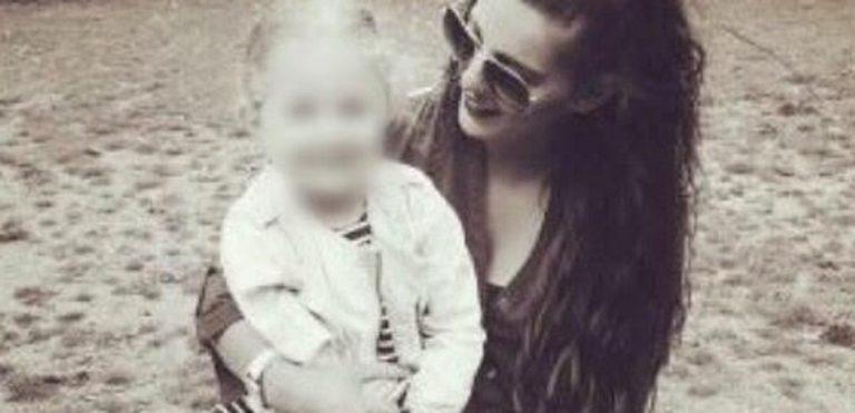 mamma trascorre 5 giorni con la figlia morta