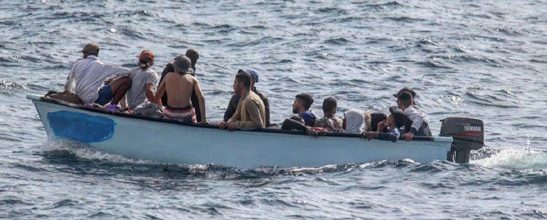guardia costiera greca migranti