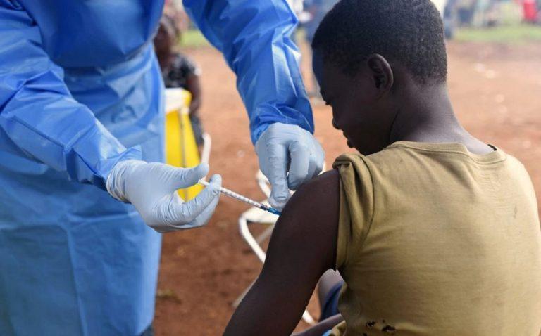 Congo, il morbillo fa strage di bambini