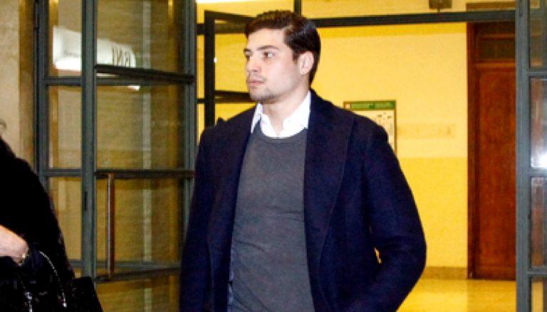 Niccolò Bettarini indagato, ha diffamato il suo ex avvocato