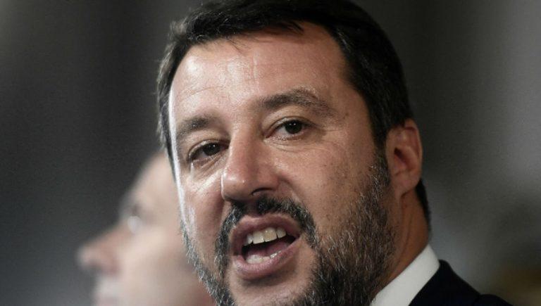 Salvini a Conte:
