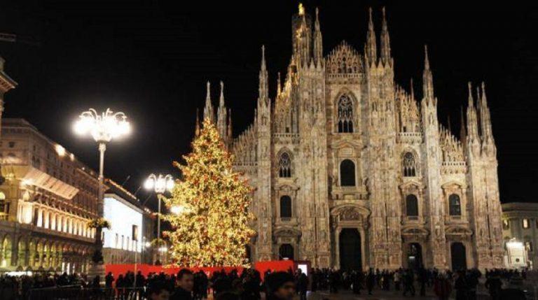 Albero Di Natale Milano 2020.Accensione Albero Di Natale Milano 2019 I Dettagli Dell Evento In Duomo
