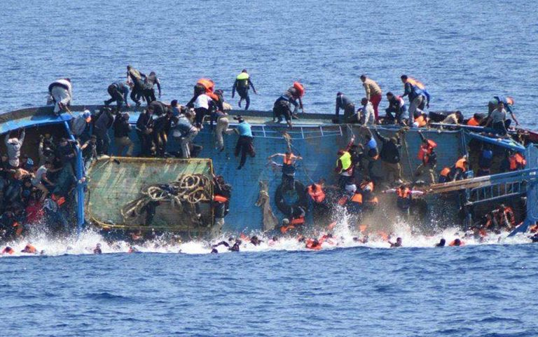 barcone-migranti-lampedusa