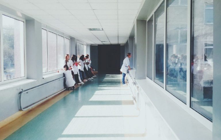 bimbo morto ospedale