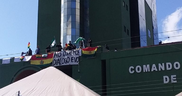 Bolivia polizia ammutinamento