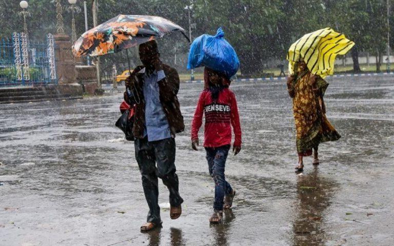 ciclone india bangladesh