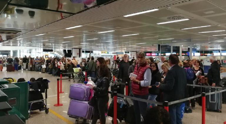 controllo sicurezza aeroporto