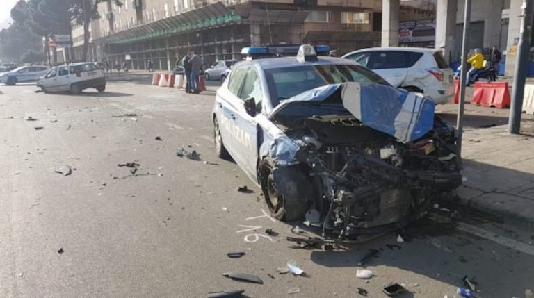 incidente inseguimento polizia napoli