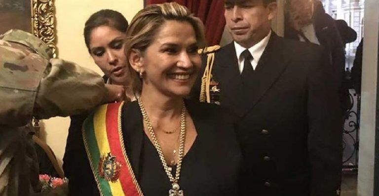Jeanine Áñez presidente Bolivia