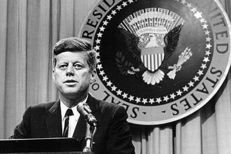 John F. Kennedy storia