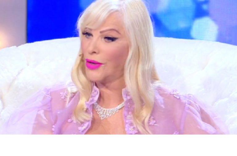 Live-Non è la D'Urso Ilona Staller