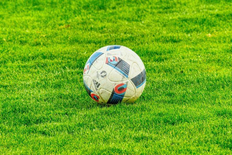 Cea Milano VS Us Melzo: giovane calciatore picchiato e insultato.