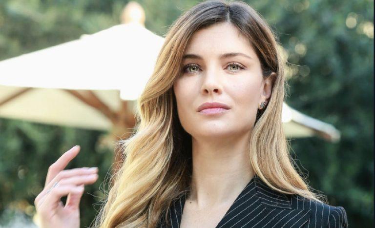 Vittoria Puccini felice con Fabrizio: