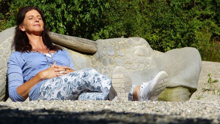 Capelli in menopausa: come prevenirne la caduta