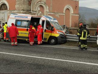 ambulanza fuori strada