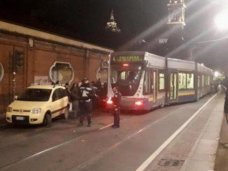 Il tram è deragliato