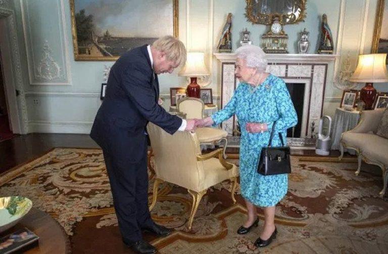 elezioni royal family