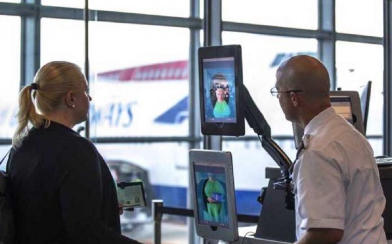 face-scan aeroporto