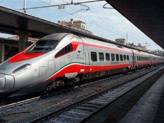 Guasto al Frecciargento, Natale in treno per decine di passeggeri