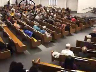 Sparatoria chiesa Texas
