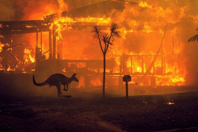 Emergenza incendi in Australia, arrestati più di 180 piromani