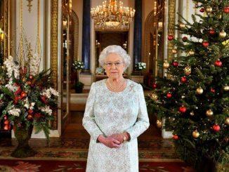Harry e Meghan devono restituire i regali alla Regina: la lista