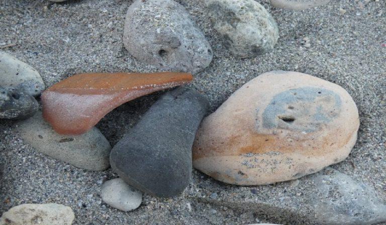 Otranto, la mareggiata porta a riva antichi tesori greci