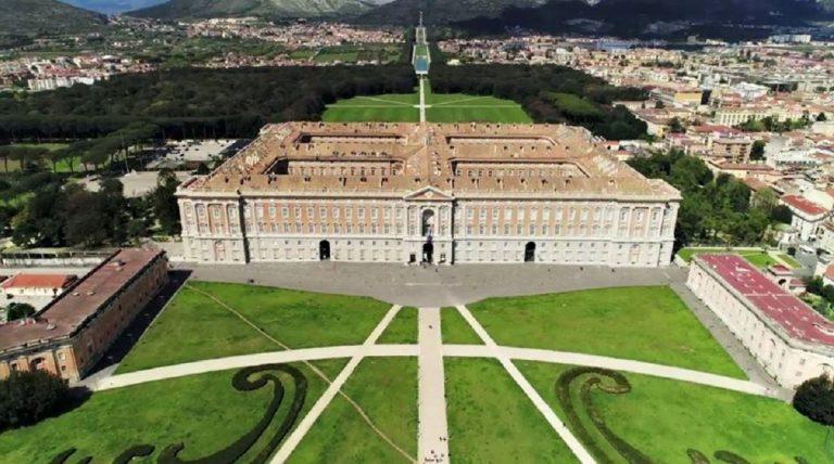 Reggia di Caserta, storia e curiosità