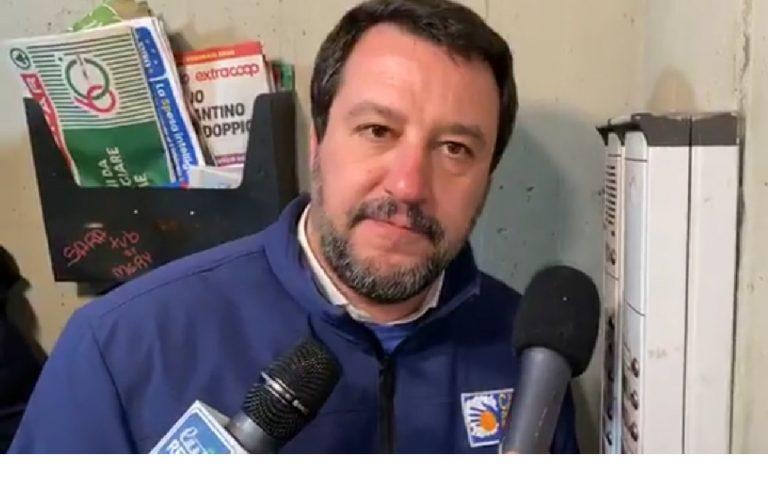 Salvini citofono Bologna Pilastro spacciatori