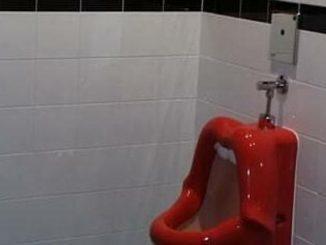 Toilette bocca donna