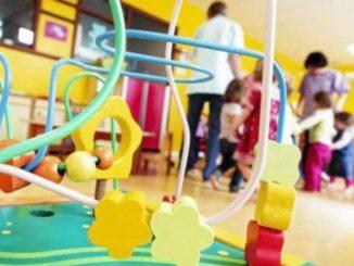 bambini picchiati asilo